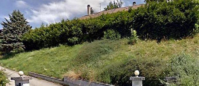 Repère des malfrats à Chavanod, Haute-Savoie.